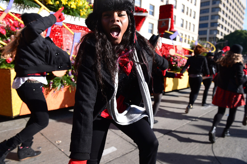 ". NBC\'s ""The Voice\"" \""Singing the Dream\"" float and their singers and dancers head down Colorado Boulevard during the 125th Rose Parade in Pasadena, CA January 1, 2014. (Photo by Sarah Reingewirtz/Pasadena Star-News)"