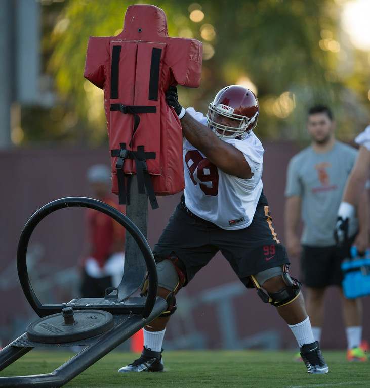 . Antwaun Woods #99 during practice at USC, Howard Jones Field on the USC campus in Los Angeles, Monday, August 4, 2014. (Photo by Hans Gutknecht/Los Angeles Daily News)