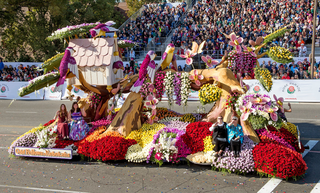 ". Odd Fellows and Rebekahs ""Friendship, Love and Truth\"" float during 2014 Rose Parade in Pasadena, Calif. on January 1, 2014. (Staff photo by Leo Jarzomb/ Pasadena Star-News)"
