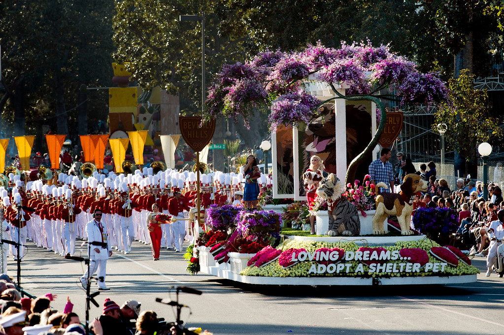 ". Beverly Hills Pet Care Foundation ""Loving Dreams...Adopt a Shelter Pet\"" float during 2014 Rose Parade in Pasadena, Calif. on January 1, 2014. (Staff photo by Leo Jarzomb/ Pasadena Star-News)"