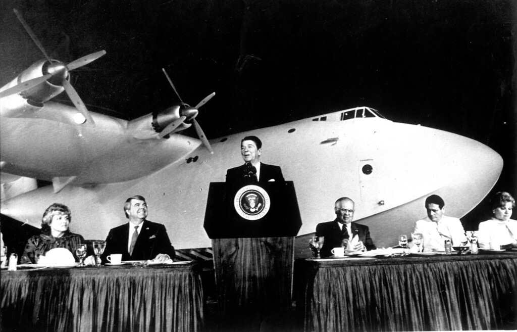 . Howard Hughes\' famed Flying Boat in background, President Ronald Reagan. (6/30/83)   Los Angeles Daily News file photo