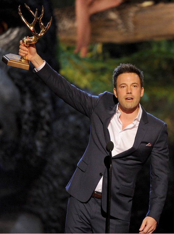 . Ben Affleck accepts the award for guy of the year at Spike TV\'s Guys Choice Awards at Sony Pictures Studios on Saturday, June 8, 2013, in Culver City, Calif. (Photo by Frank Micelotta/Invision/AP)