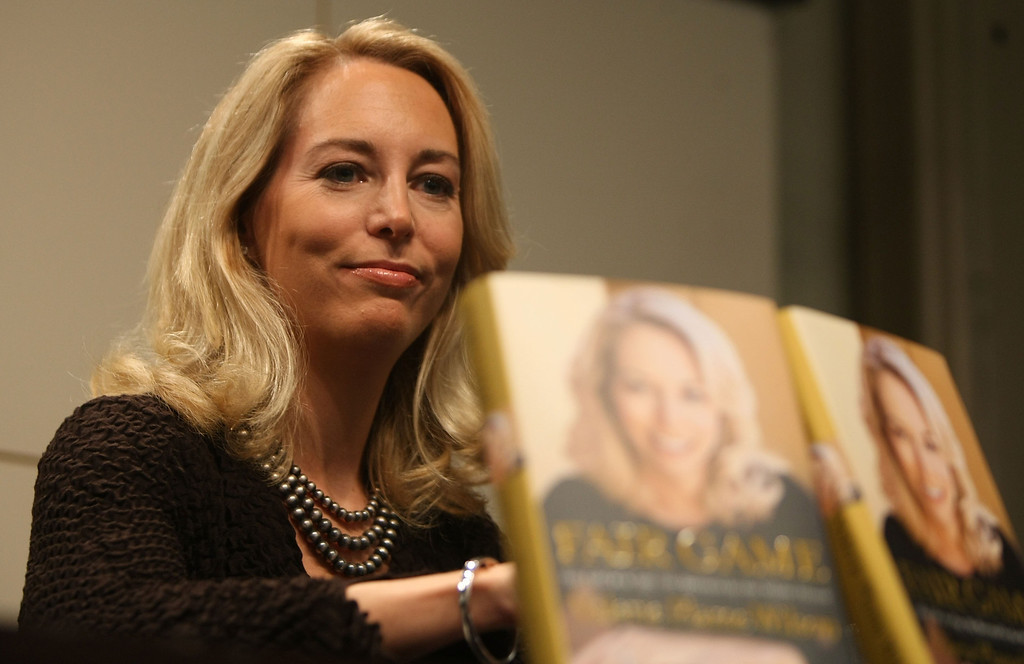 ". NEW YORK - OCTOBER 23:  Former United States C.I.A. officer Valerie Plame Wilson attends a book signing event for her autobiography ""Fair Game\"" at the Union Square Barnes and Noble October 23, 2007 in New York City. Wilson, the wife of former Ambassador Joseph C. Wilson, IV, discussed her role in the scandal over Republican lawmakers and journalists who leaked her identity.  (Photo by Mario Tama/Getty Images)"