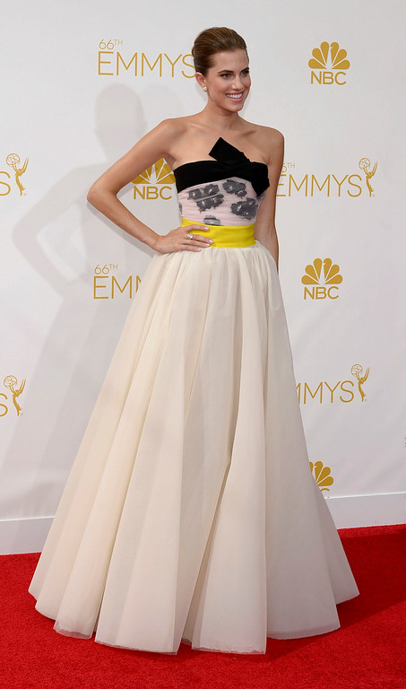 . Allison Williams on the red carpet at the 66th Primetime Emmy Awards show at the Nokia Theatre in Los Angeles, California on Monday August 25, 2014. (Photo by John McCoy / Los Angeles Daily News)