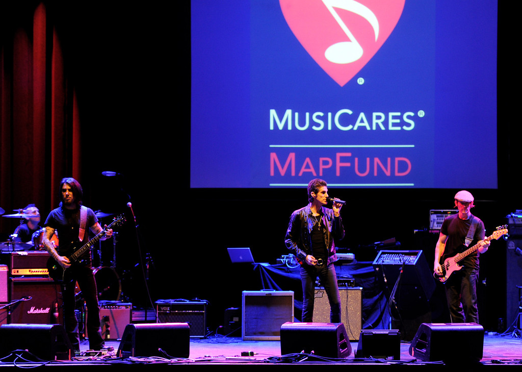 . LOS ANGELES, CA - MAY 06:  (L-R) Musicians Stephen Perkins, Dave Navarro, Perry Farrell and Dave Sitek of Jane\'s Addiction perform at the 7th Annual MusiCares MAP Fund Benefit at Club Nokia on May 6, 2011 in Los Angeles, California.  (Photo by Kevin Winter/Getty Images)