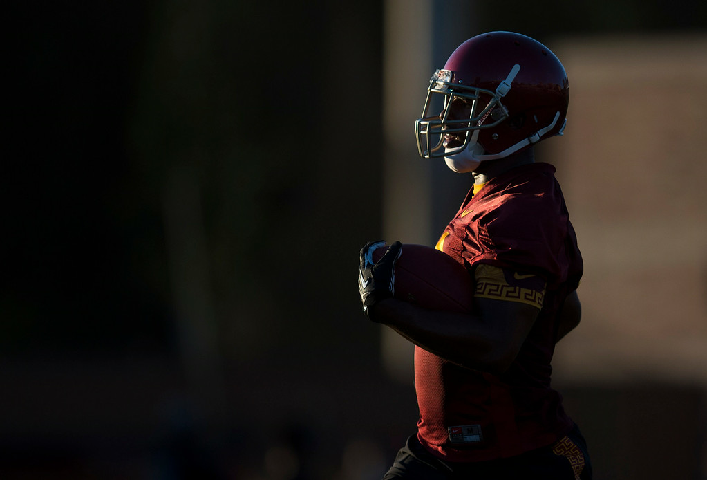 . George Farmer #8 during practice at USC, Howard Jones Field on the USC campus in Los Angeles, Monday, August 4, 2014. (Photo by Hans Gutknecht/Los Angeles Daily News)