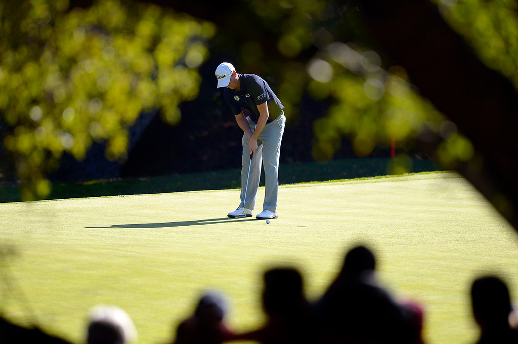 . Webb Simpson putts on the 9th hole during the final round of the Northwestern Mutual World Challenge golf tournament at Sherwood Country Club, Sunday December 8, 2013, in Thousand Oaks, Calif.(Andy Holzman/Los Angeles Daily News)
