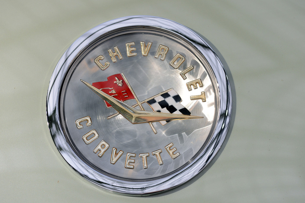 . A photo taken on February 6, 2013 shows the Chevrolet Corvette logo on a 1960 Chevrolet Corvette Roadster on display at the Grand Palais in Paris on the eve of an auction of luxury vintage cars. 125 vintage motor cars, 100 collection motorbikes and a 1920\'s Gipsy Moth plane by De Havilland, will be auctionned at Bonhams on February 7.    (BERTRAND GUAY/AFP/Getty Images)