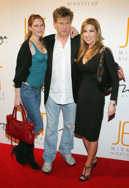 . LAS VEGAS - JANUARY 14:  (from left to right) Actress Sara Foster, her father, composer David Foster, and his girlfriend Alicia Jacobs, arrive for the grand opening of the Jet Nightclub at The Mirage Hotel & Casino on January 14, 2006 in Las Vegas, Nevada.  (Photo by Ethan Miller/Getty Images)