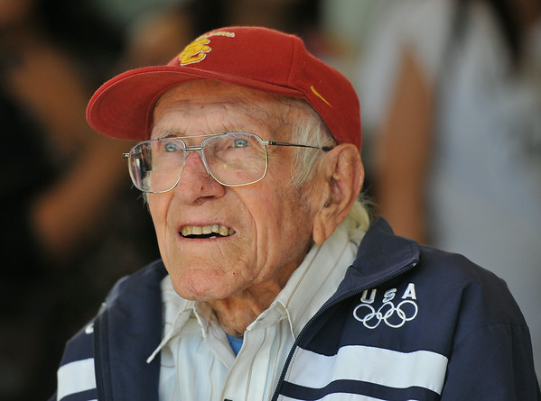 PHOTOS: Louis Zamperini, Olympian, WWII hero, dies at 97
