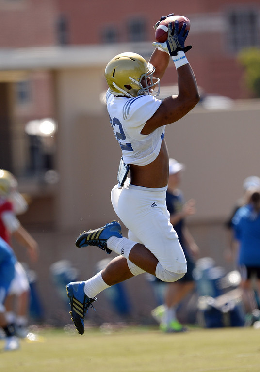 . UCLA\'s Nate Iese during football practice at  Spaulding Field on the UCLA campus Saturday 5, 2014.  (Photo by Hans Gutknecht/Los Angeles Daily News)