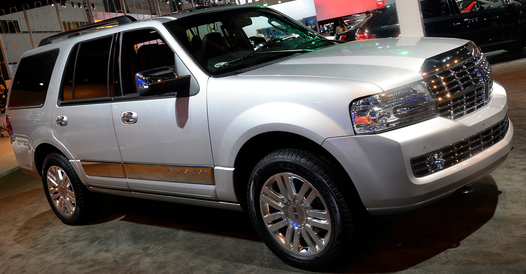 . Nov 22,2013 Los Angeles CA. The new 2014  Navigator 4x4 on displays during the 2nd media day at the Los Angeles Auto Show.The show opens today Friday and runs through Dec 1st. Photo by Gene Blevins/LA Daily News