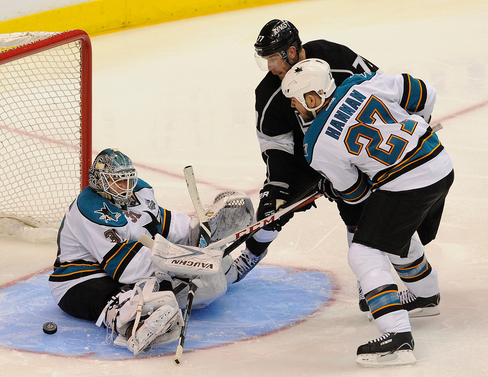 . Sharks#31 Antti Niemi stops a shot by Kings#7 Rob Scuderi in the 3rd period. The Kings defeated the San Jose Sharks 2-0 in the first game of the Second Round of the Western Conference Playoffs. Los Angeles CA 5/14/2013(John McCoy/LA Daily News)