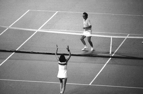 Photos: September 20, 1973 — Billie Jean King beats Bobby Riggs in 'Battle of the Sexes'