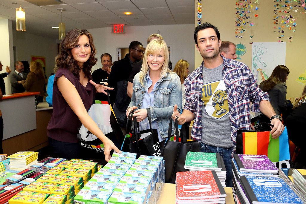 . NEW YORK, NY - OCTOBER 22:  (L-R) SVU cast Mariska Hargitay, Kelli Gidish and Danny Pino package healing kits for children currently seeking services at Safe Horizon\'s Manhattan Child Advocacy Center in support of The Joyful Heart Foundation and KIND Healthy Snacks\' Do the KIND Thing program at Safe Horizon\'s Manhattan Child Advocacy Center on October 22, 2012 in New York City.  (Photo by Neilson Barnard/Getty Images)