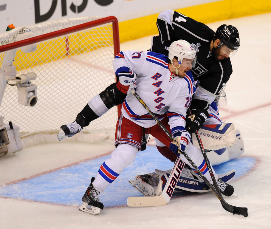 . The Kings\' Dwight King scores against the Rangers in the third period of game two of the Stanley Cup Final, Saturday, June 7, 2014, at Staples Center. (Photo by Michael Owen Baker/Los Angeles Daily News)