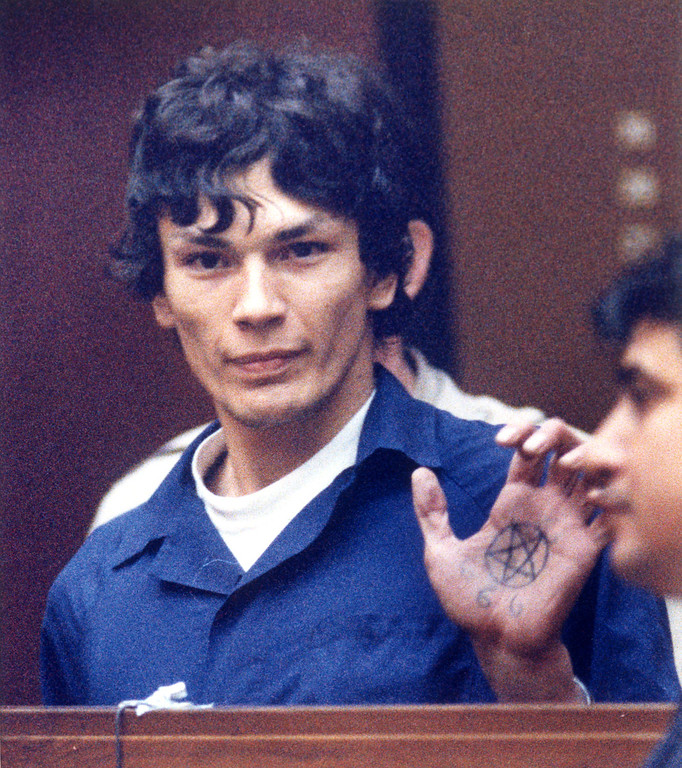 """. A drawing or tattoo of a pentagram and the numerical symbol for satanism, \""""666\"""" are visible as Richard Ramirez responds to Judge Elva R. Soper\'s OK of his choice of attorneys.  (Daily News file photo)"""