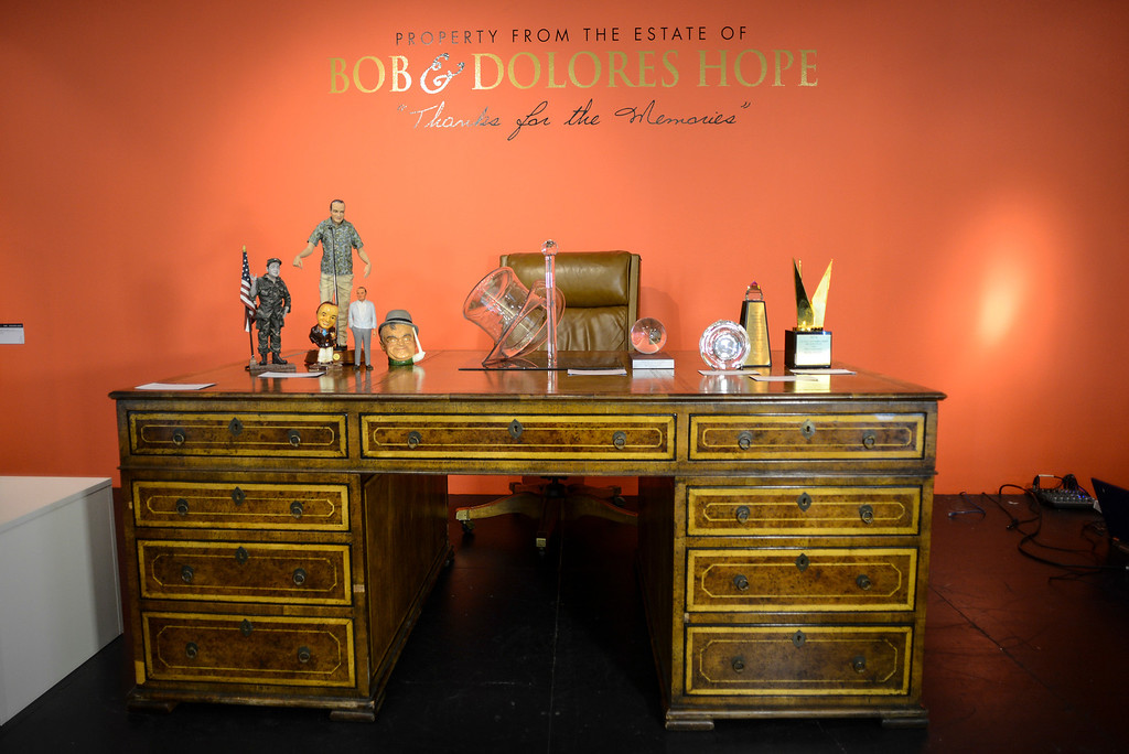 . Bob Hope\'s desk, one of the items from the estate of Bob Hope to be auctioned off by Julien\'s Auctions in Beverly Hills, CA.  September 9, 2013.  The auction is combined with an auction of Phyllis Diller items.    (Photo by David Crane/Los Angeles Daily News)