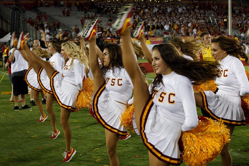 . USC cheerleaders perform. (9/1/12) (Michael Owen Baker/L.A. Daily News)