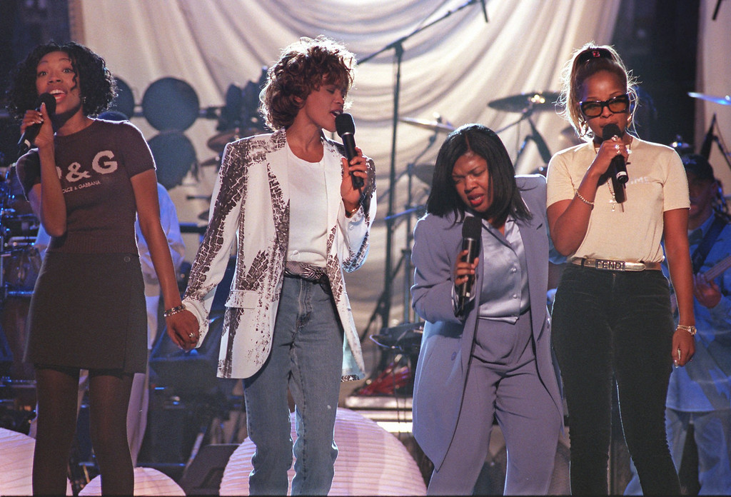 """. Performers, rehearsing a medley from \""""Waiting To Exhale, \"""" go through the motions at New York\'s Madison Square Garden Sunday, Feb. 23, 1997.  (AP Photo/Rick Diamond/NARAS, ho)"""