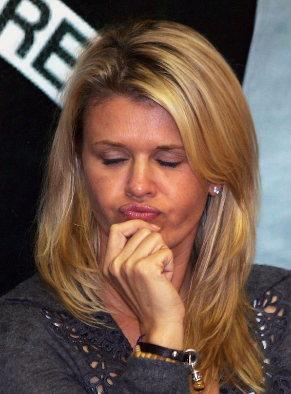 . Corinna Schumacher, wife of German Formula One driver Michael Schumacher of Scuderia Ferrari F1 team, is disappointed after the qualifying session at the racetrack in Interlagos near Sao Paulo, Brazil, Saturday 21 October 2006. The F1 Grand Prix of Brazil will take place on Sunday 22 October. Schumacher will start from grid rank ten. Photo by: Gero Breloer/picture-alliance/dpa/AP Images