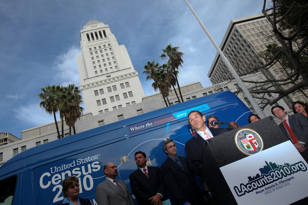 . Los Angeles mayor Antonio Villaraigosa joined the Census road tour to help promote the 2010 Census at Los Angeles City Hall Monday.   (David Crane/L.A. Daily News)
