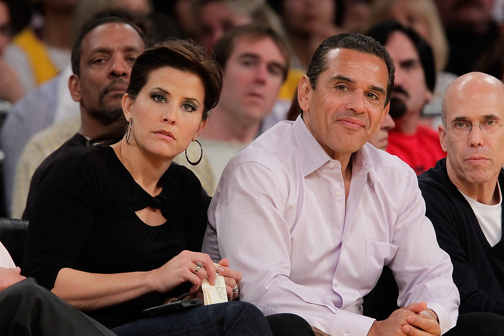. Antonio Villaraigosa (R) and Lu Parker attend a game between the Utah Jazz and the Los Angeles Lakers at Staples Center on May 2, 2010 in Los Angeles, California. (Photo by Noel Vasquez/Getty Images)