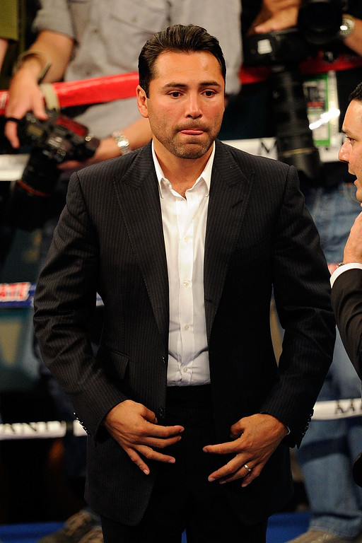 . LAS VEGAS - MAY 01:  Promoter/boxer Oscar De La Hoya in the ring after the Floyd Mayweather Jr. and Shane Mosley welterweight fight at the MGM Grand Garden Arena on May 1, 2010 in Las Vegas, Nevada.  (Photo by Ethan Miller/Getty Images)