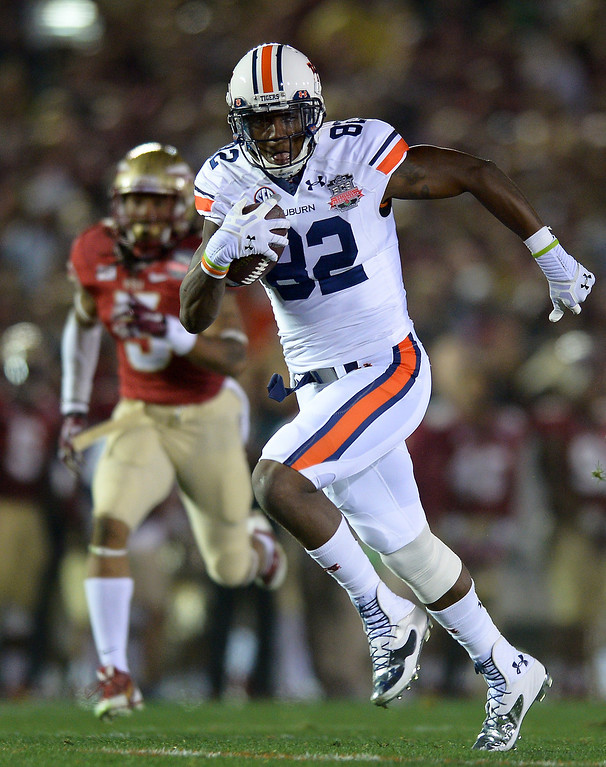 . Auburn Melvin Ray goes in for a second quarter touchdown on a long pass play against Florida State at the BCS national championship game at the Rose Bowl, Monday, January 6, 2014. (Photo by Michael Owen Baker/L.A. Daily News)