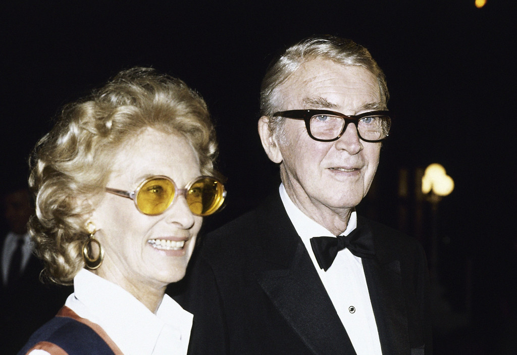 . Jimmy Stewart and  his wife Gloria at Universal Amphitheater in Los Angeles , July 30, 1982 where Frank Sinatra is performing. (AP Photo/Reed Saxon)