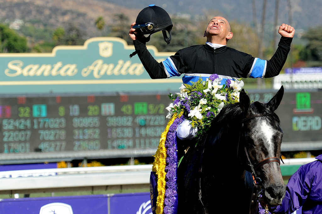 ". Jockey Mike Smith atop \""Mizdirection\"" reacts after winning the Geico breeders\' cup turf sprint during the seventh race during the Breeders\' Cup at Santa Anita Park in Arcadia, Calif., on Saturday, Nov. 2, 2013.    (Keith Birmingham Pasadena Star-News)"
