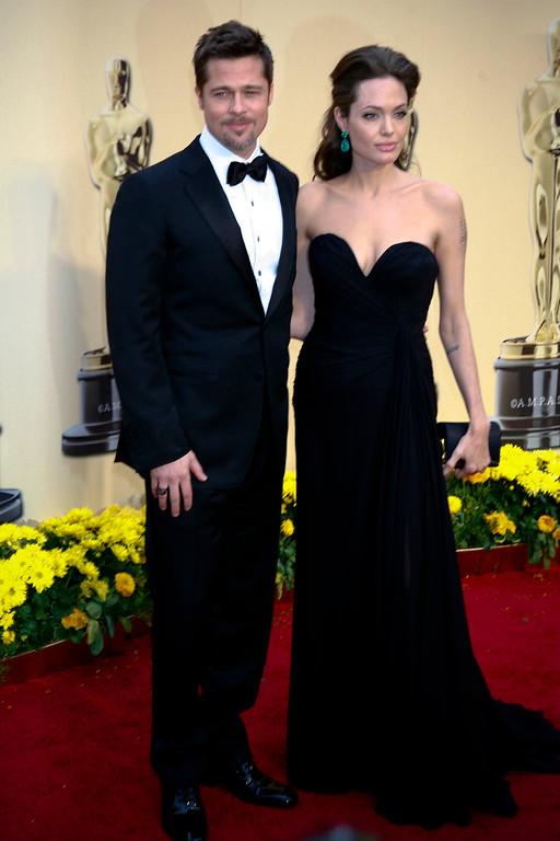 . AT THE 2009 OSCARS--Brad Pitt and Angelina Jolie at the Oscars.  Photo by David Crane/L.A. Daily News