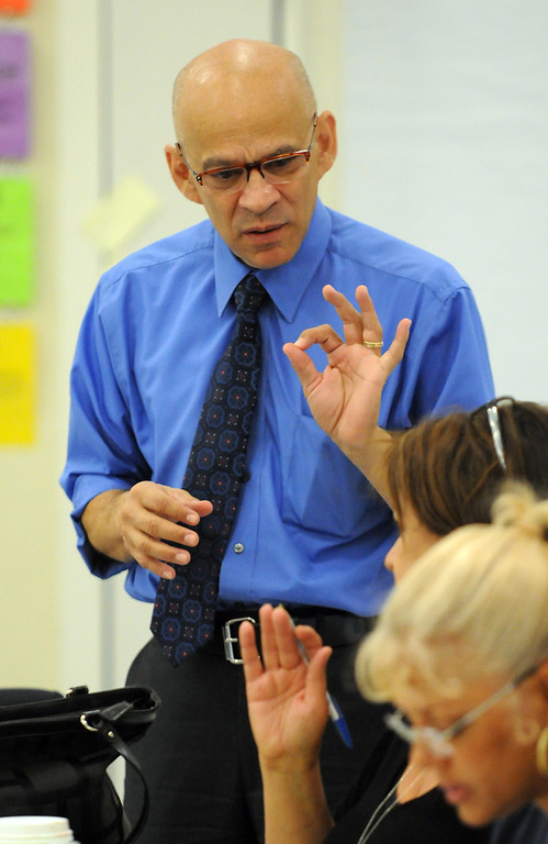 . Byron Maltez, interim Director of LAUSD North Educational Services Center, facilitates a training session at Holmes Middle School in Northridge, CA on Friday, June 21, 2013.  School districts are planning for the Common Core, the nationwide curriculum that will be implemented in Fall 2014.  (Dean Musgrove/Los Angeles Daily News)
