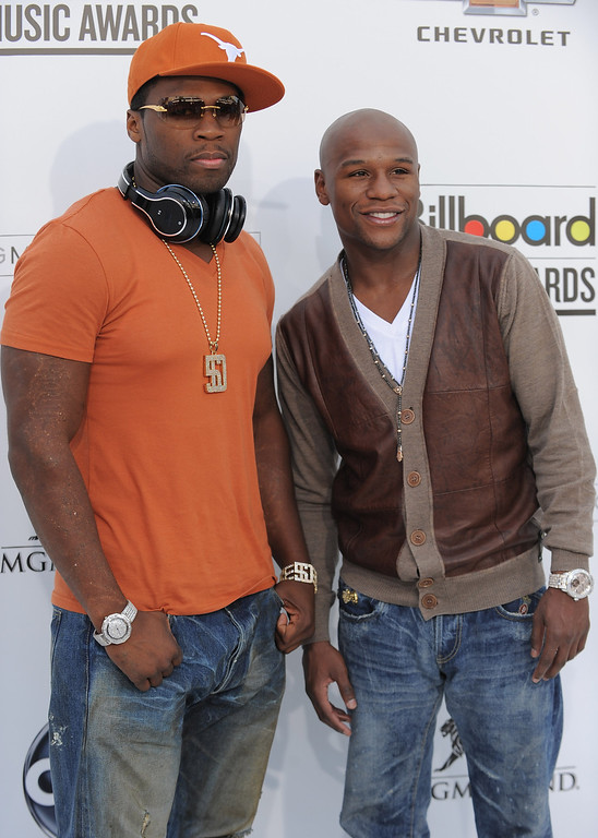 . LAS VEGAS, NV - MAY 22:  Rapper 50 Cent and boxer Floyd Mayweather, Jr. arrive at the 2011 Billboard Music Awards held at the MGM Grand Hotel & Casino on May 22, 2011 in Las Vegas, Nevada.  (Photo by Jordan Strauss/Invision/AP Images)