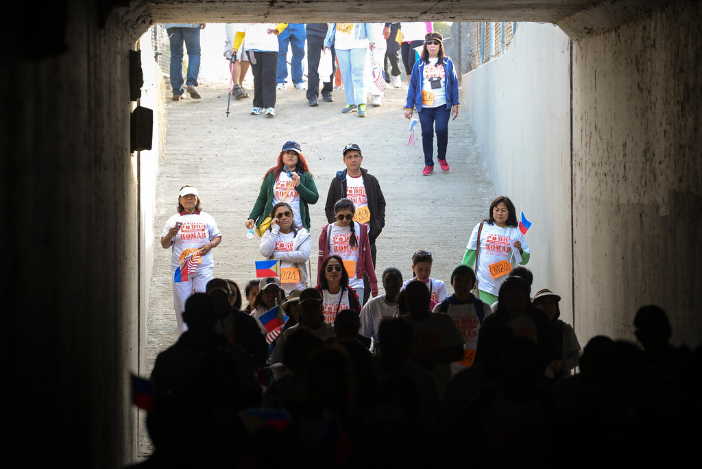 . Walkers head out on a 5k walk for hurricane disaster relief at Balboa Park in Van Nuys, CA Sunday, November 10, 2013.  The ROMAH Foundation, Inc. in partnership with Philippine Disaster Relief Organization held a walk and fundraiser for disaster relief in the Philippines.   ( Photo by David Crane/Los Angeles Daily News )