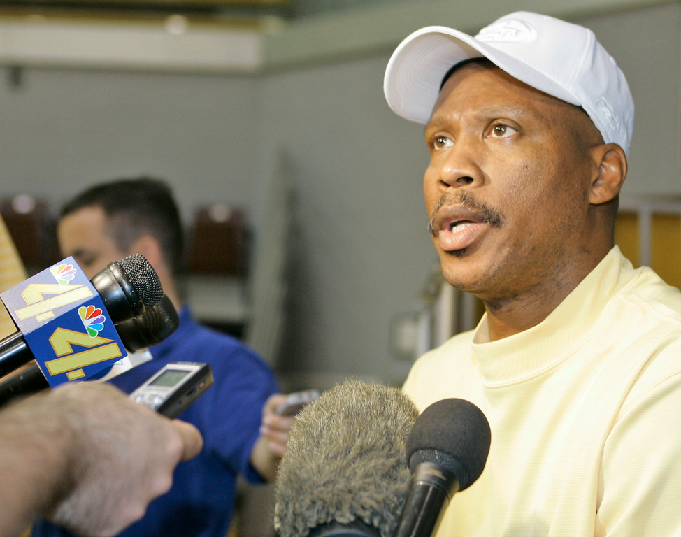. New Orleans Hornets basketball coach Byron Scott answers a question during a media availability in Bethany, Okla., Friday, April 20, 2007.  (AP Photo)