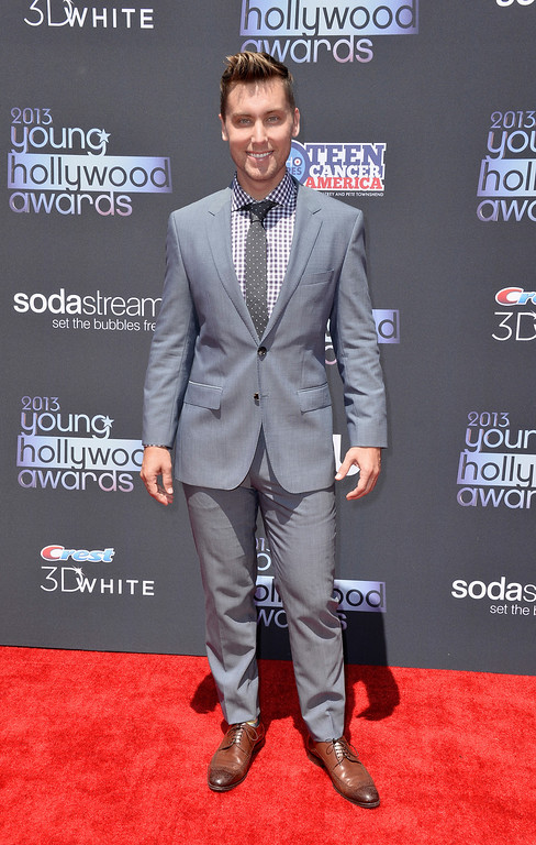 . SANTA MONICA, CA - AUGUST 01:  Recording Artist Lance Bass attends CW Network\'s 2013 2013 Young Hollywood Awards presented by Crest 3D White and SodaStream held at The Broad Stage on August 1, 2013 in Santa Monica, California.  (Photo by Frazer Harrison/Getty Images)