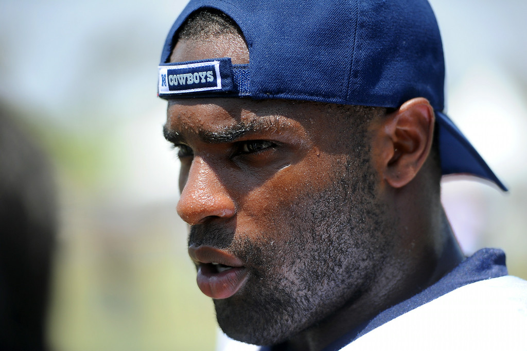 . Cowboys RB DeMarco Murray talks with reporters following the Cowboys-Raiders practice in Oxnard, Wednesday, August 13, 2014. (Photo by Michael Owen Baker/Los Angeles Daily News)