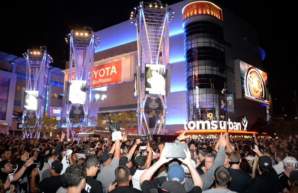 . June 13,2014. Los Angeles. CA.  LA Kings fans yell and scream after 2-OT with the Kings winning the Stanley Cup championship over the NY Rangers at Staple Center.  Photo by Gene Blevins/LA DailyNews