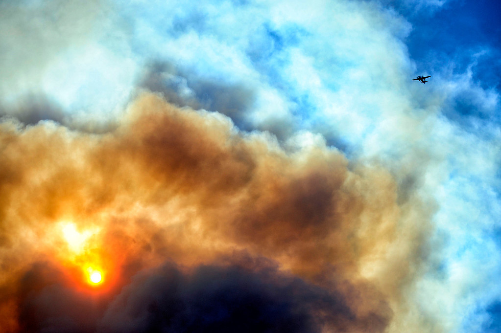 . Firefighting aircraft battles the Powerhouse brush fire near Green Valley Friday, May 31, 2013. (Hans Gutknecht/Los Angeles Daiy News)