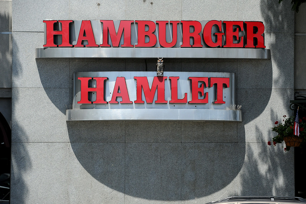 . Hamburger Hamlet on Van Nuys Boulevard in Sherman Oaks is tentatively scheduled to reopen next week after a pending sale to a new owner, Wednesday, July 2, 2014. (Photo by Michael Owen Baker/Los Angeles Daily News)