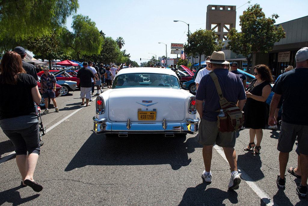 """. IDB-L-DBROUTE66-SAT-011 Classic cars line Euclid Ave in Ontario, for the  \"""" Route 66 Cruisin� Reunion\"""", on Saturday, September 21, 2013. (photos by Frank Perez for the Daily Bulletin)"""