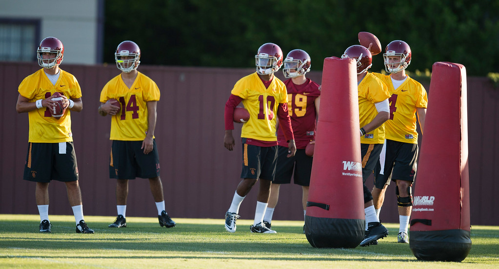 . Drills during practice at USC, Howard Jones Field on the USC campus in Los Angeles, Monday, August 4, 2014. (Photo by Hans Gutknecht/Los Angeles Daily News)