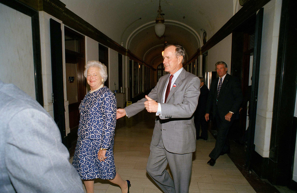 . Former President George Bush gives thumbs up after he and his wife, Barbara Bush voted on Wednesday, Nov. 2, 1994, in Houston. The Bush\'s son, George W. Bush, is running for governor against Democratic incumbent Ann Richards. (AP Photo/David J. Philip)