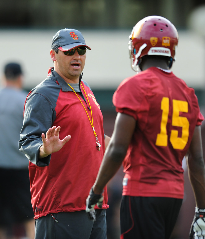 . USC head coach Steve Sarkisian talks with WR Nelson Agholor at spring practice, Tuesday, March 11, 2014, at USC. (Photo by Michael Owen Baker/L.A. Daily News)