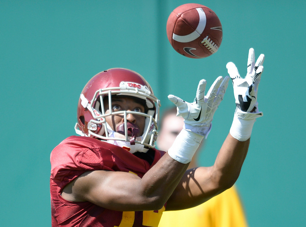 . Rahshead Johnson catches a pass. Football practice is in full swing on the Howard Jones Field at USC. Los Angeles, CA. 8/6/2014(Photo by John McCoy Daily News)