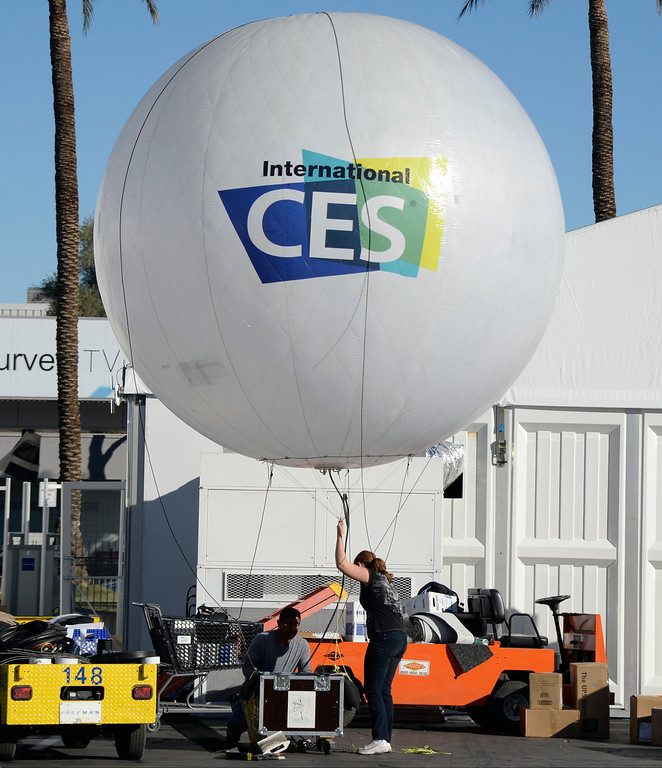 . Las Vegas convention workers prep for the 2014 Consumer Electronics Show (CES) on Sunday, June 5, 2014 in Las Vegas, Nevada. The 2014 CES show starts Tuesday, Jan. 7, 2014 and runs until Friday, Jan. 10, 2014 with 150,000 people estimated to attend the show. (Photo by Gene Blevins/Los Angeles Daily News)