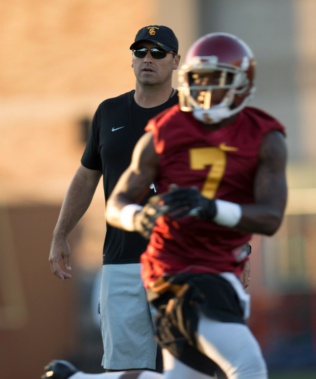 . Coach Steve Sarkisian during practice at USC, Howard Jones Field on the USC campus in Los Angeles, Monday, August 4, 2014. (Photo by Hans Gutknecht/Los Angeles Daily News)