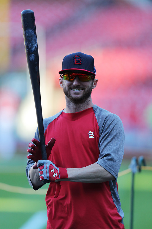 . ST LOUIS, MO - OCTOBER 11:  Shane Robinson #43 of the St. Louis Cardinals warms up during batting practice prior to Game One of the National League Championship Series against the Los Angeles Dodgers at Busch Stadium on October 11, 2013 in St Louis, Missouri.  (Photo by Ed Zurga/Getty Images)