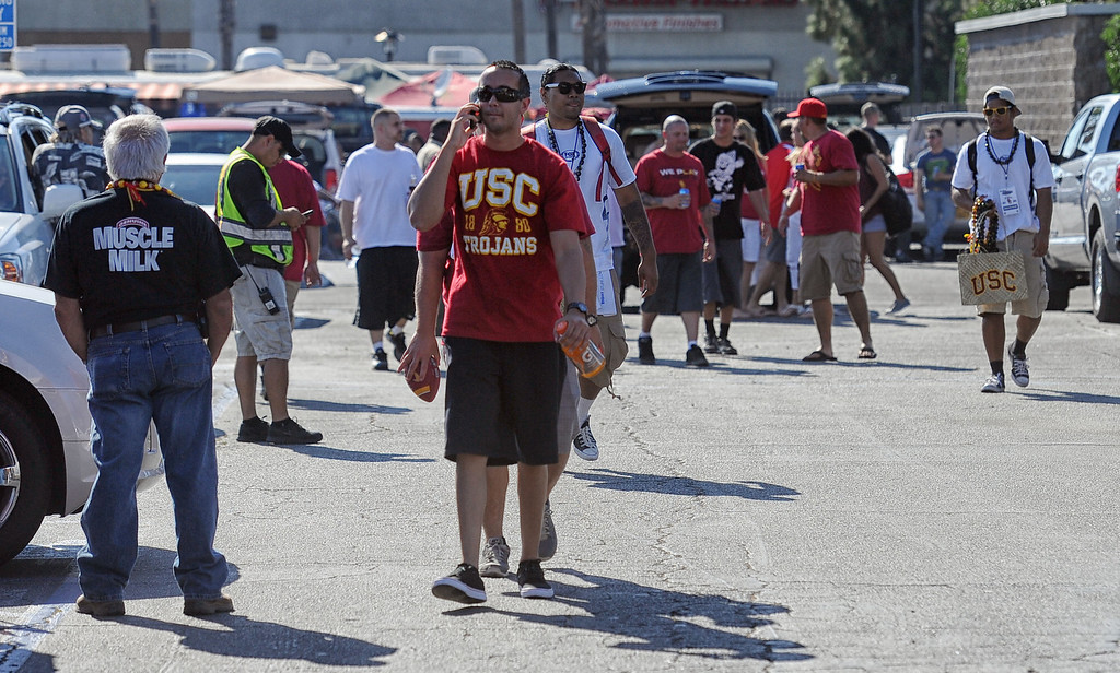 . Football fans before the USC Trojans vs the Washington State Cougars at the Los Angeles Memorial Coliseum  Saturday, September 7, 2013.  (Photo by Hans Gutknecht/Los Angeles Daily News)